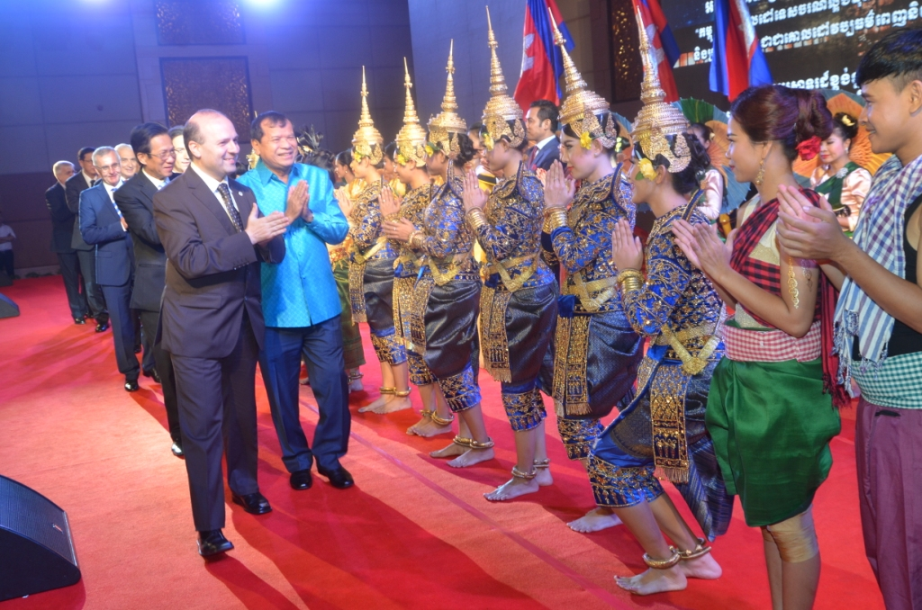 ECTT President Dr. Anton Caragea on the platform of Cambodia-Favorite Cultural Destination with Royal Opera from Phnom Penh